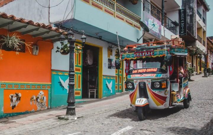 Tuktuk Guatape rock lake | La piedra de Guatapé | man-made lakes | Colombia travel guide by Cuppa to Copa Travels