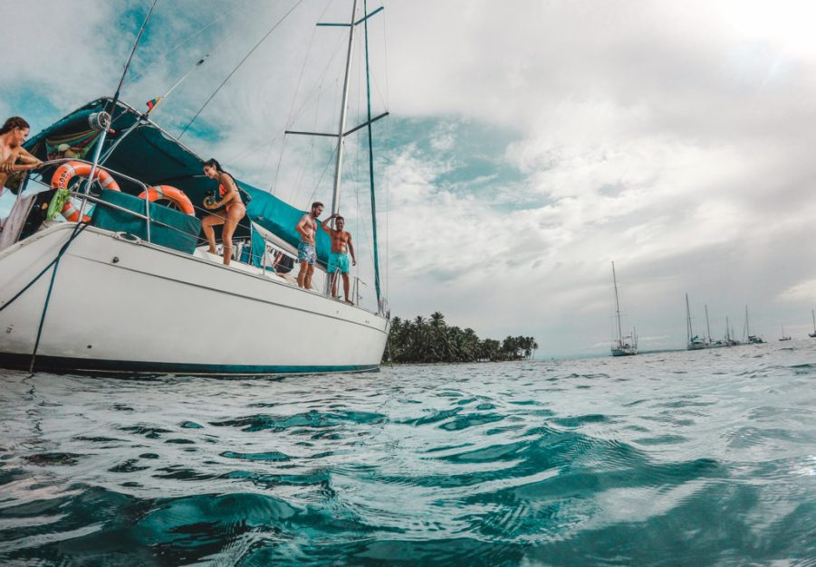 How to book a San Blas Islands boat tour bluesailing Sailing Koala X San Bas Adventures Colombia to Panama boat paradise islands caribbean
