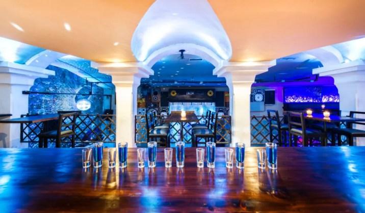 Best bars in Antigua Guatemala Las Vibras de la Casbah club party