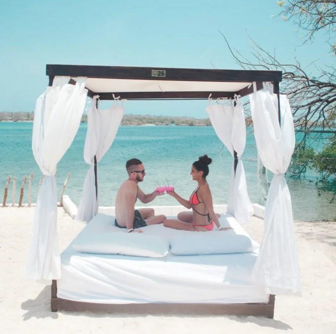 Bora Bora luxury beach club on Isla Grande | Los Rosarios Islands | Cartagena Day Trips | Colombia travel guides by Cuppa to Copa Travels