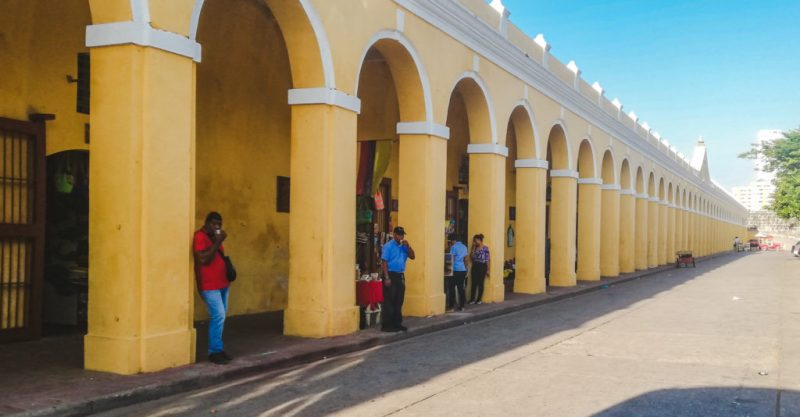 Shopping Muelles | best things to do in Cartagena Colombia