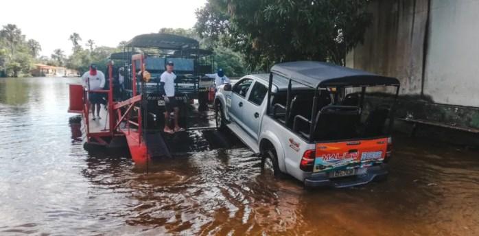 4x4 jeep tour to Lençóis Maranhenses river ferry