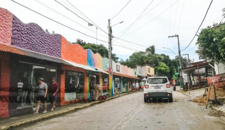 driving in brazil parking in Pipa brasil