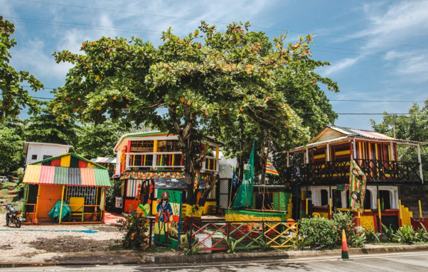 Great bar Caribbean san andres colombia guide   renting a buggy on san andres