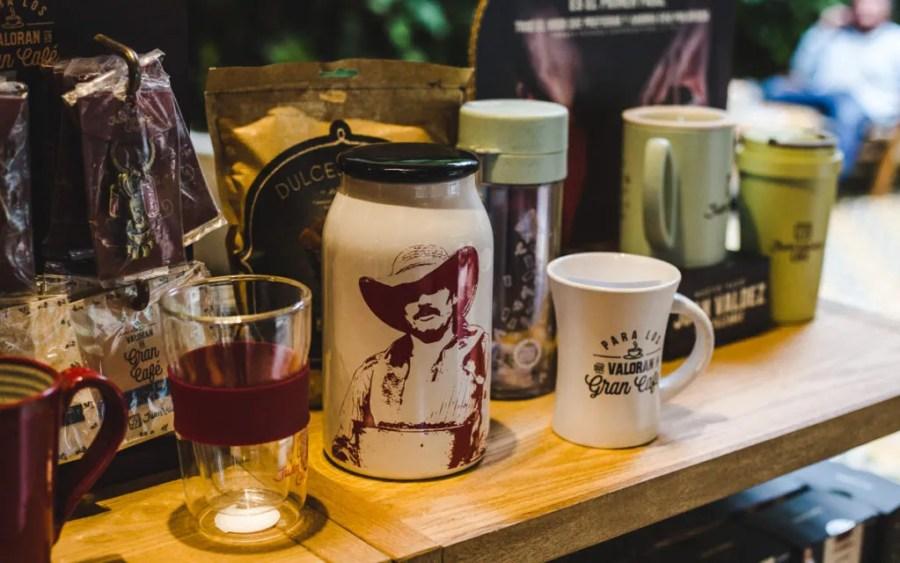juan valdez cafe price coffee in colombia