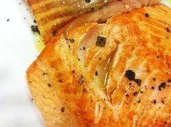 salmon-con-salsa-bearnesa_02