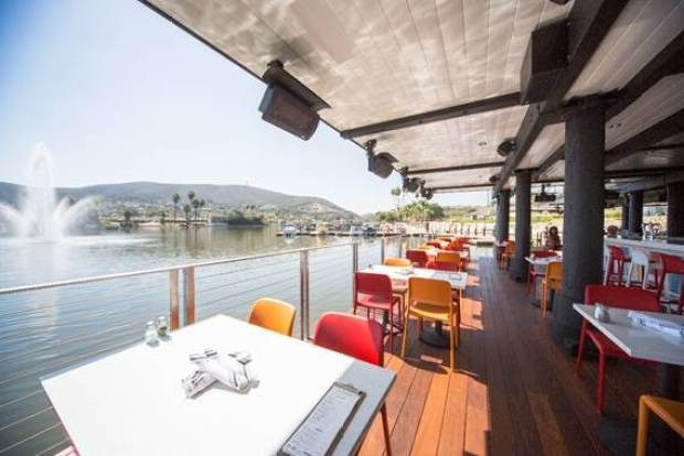 Decoy Dockside Patio, Lake San Marcos, Restaurant, Fine Dining