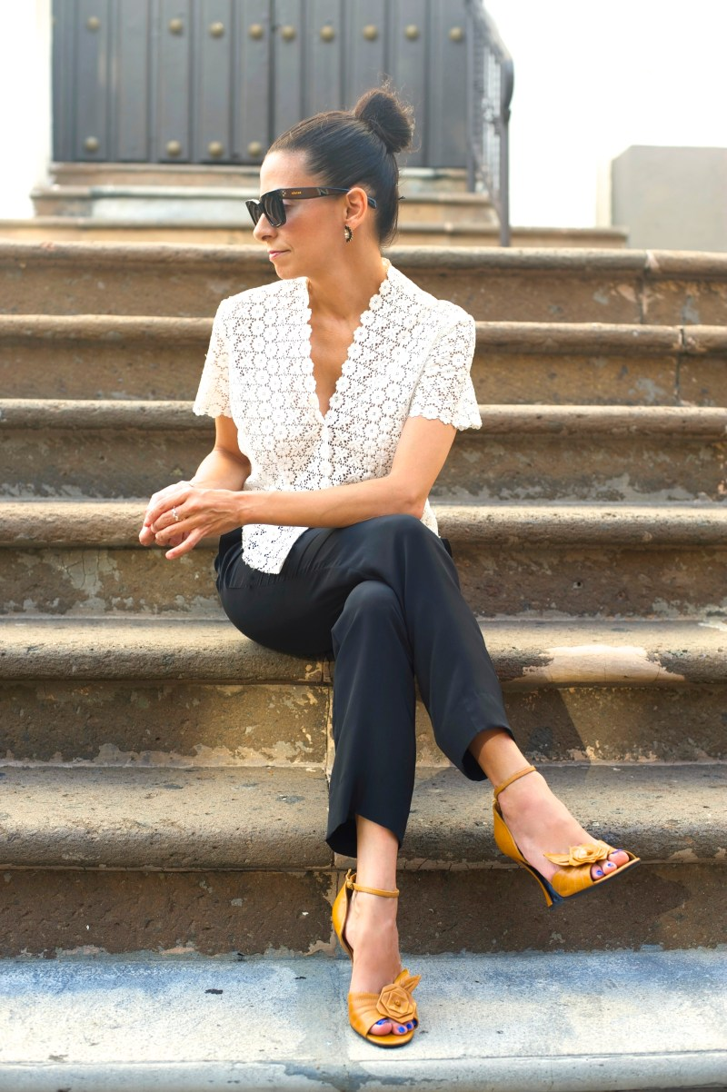 How You Can Never Go Wrong With A Vintage White Lace Blouse