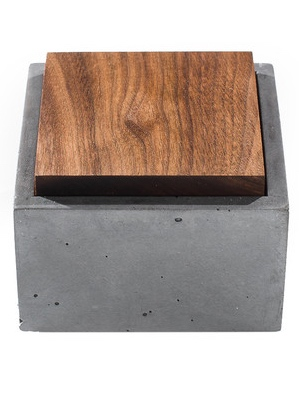 INSEK's Stylish Concrete Box