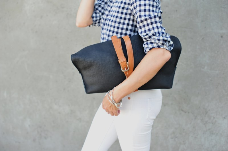 Ecco Eyota Tote 3 Style Hacks To Accessorize Any Bag