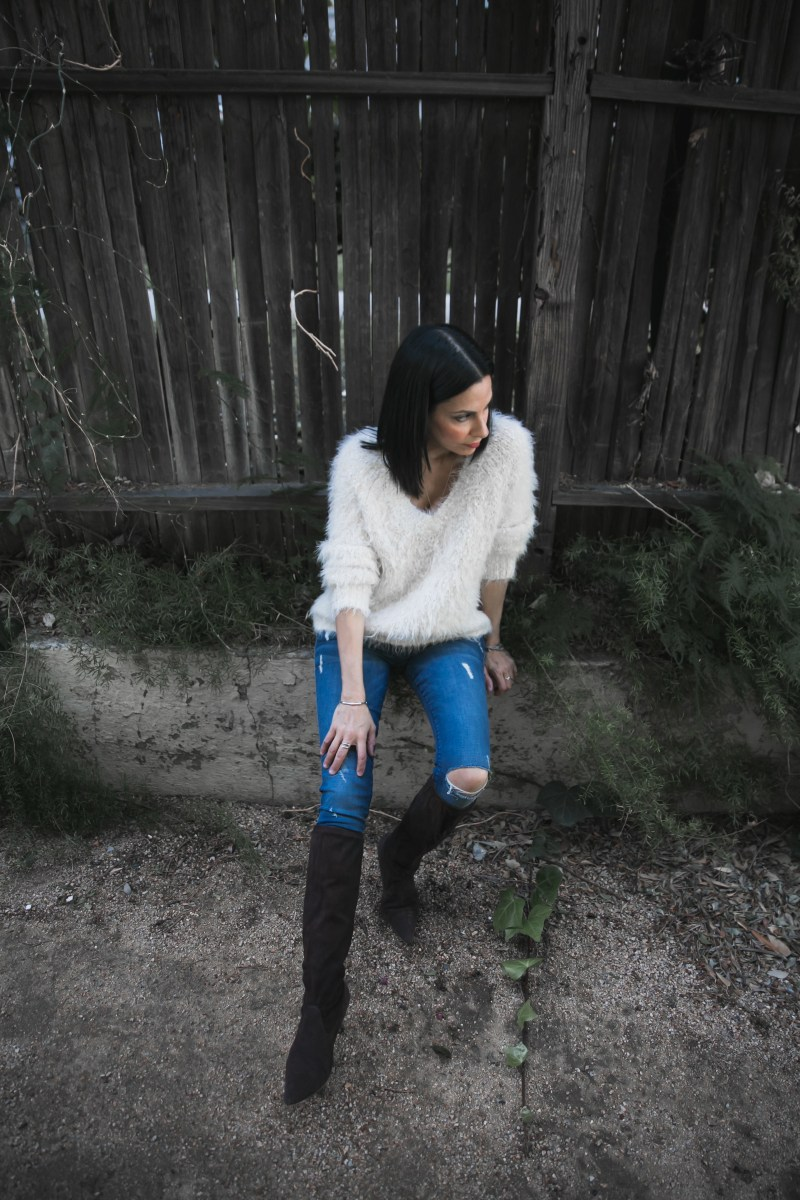 Moth Snowfrost Boucle Pullover