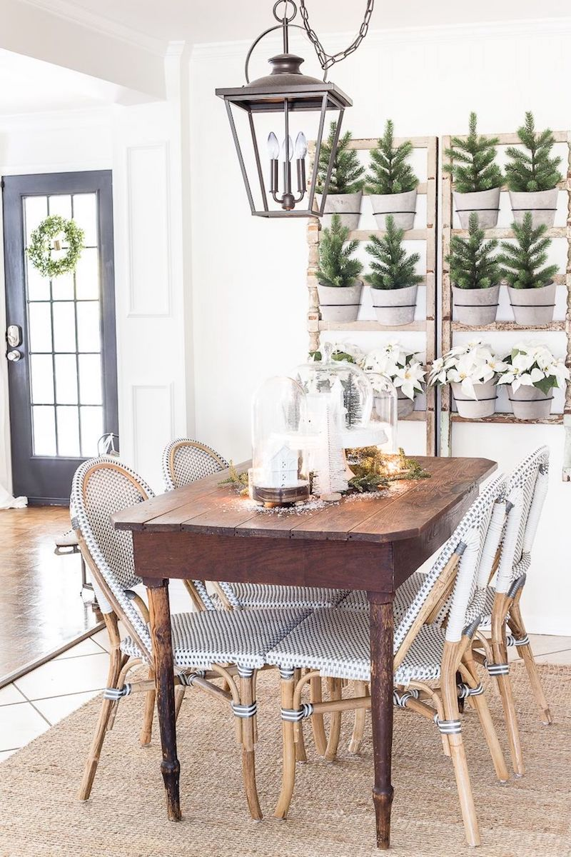 21 Christmas Dining Room Decor Ideas