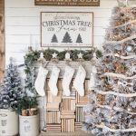 25 Inspiring Farmhouse Christmas Decor Ideas You Need To See