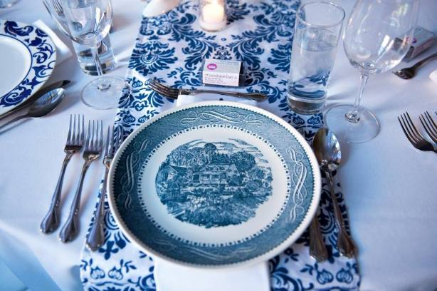antique-blue-decor_16548267386_o