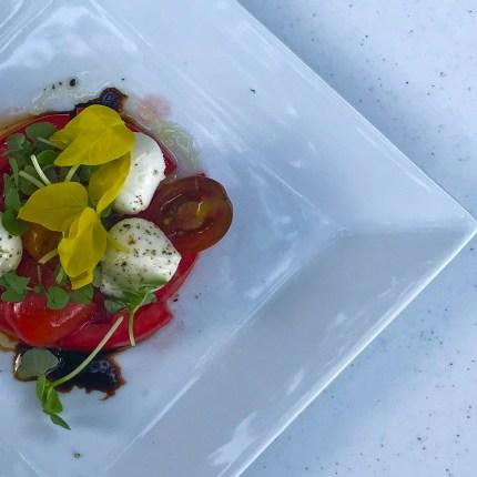iowa-tomatoes-caprese_36658118451_o