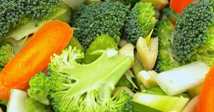 12 Amazing Health Benefits of Broccoli