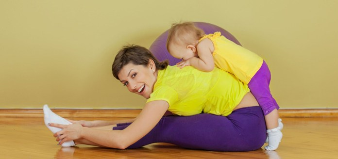 4 Simple Yoga Asanas Every Mom Should Do To Recharge!