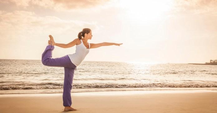 Wake Up Yoga – Yoga for Energy Morning Yoga Routine.
