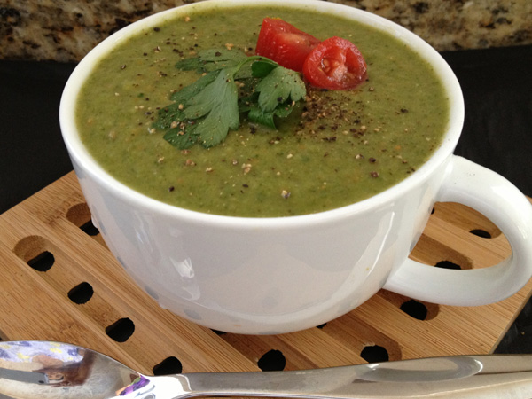 Spinach-Mung Detox Soup