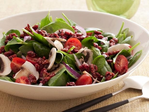 Heart Healthy Spinach with <!-- WP QUADS Content Ad Plugin v. 2.0.27 -- data-recalc-dims=