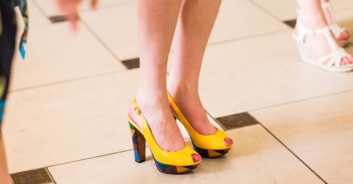 Are Your Shoes Weakening Your Leg Arches?