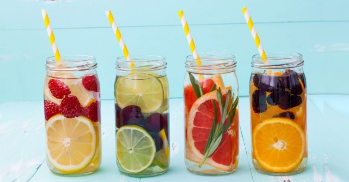 Simple-Tips-To-Spice-Up-Tasteless-Drinking-Water