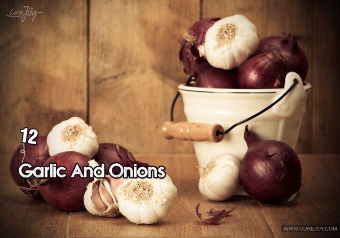 12-garlic-and-onions