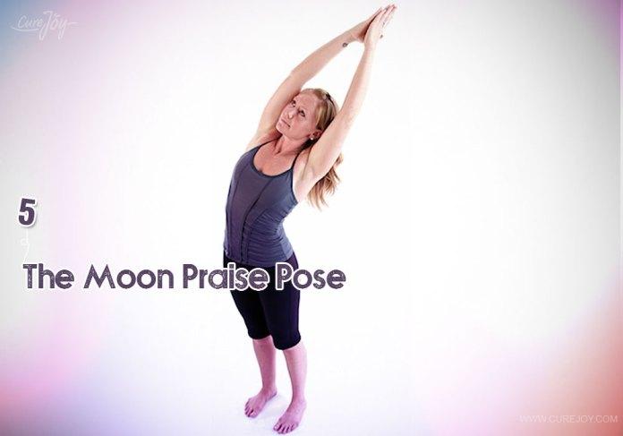 5-the-moon-praise-pose