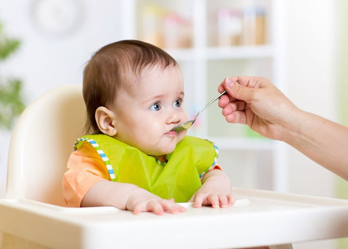 Baby eating: 10 Foods You Should Avoid Giving Your Baby
