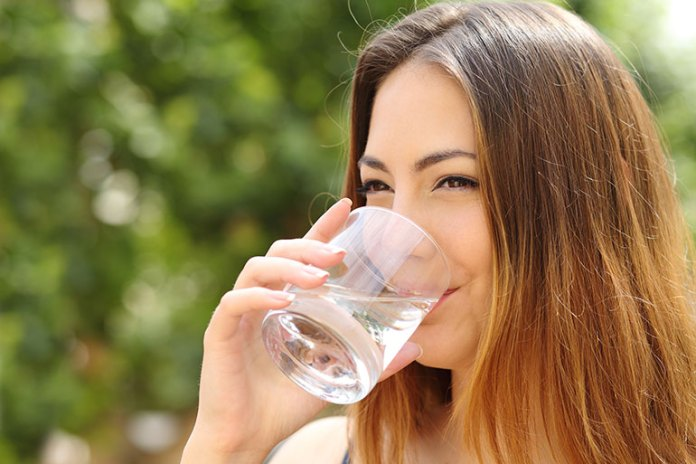 Hydrate: 9 Tips To Get The Perfect Pout