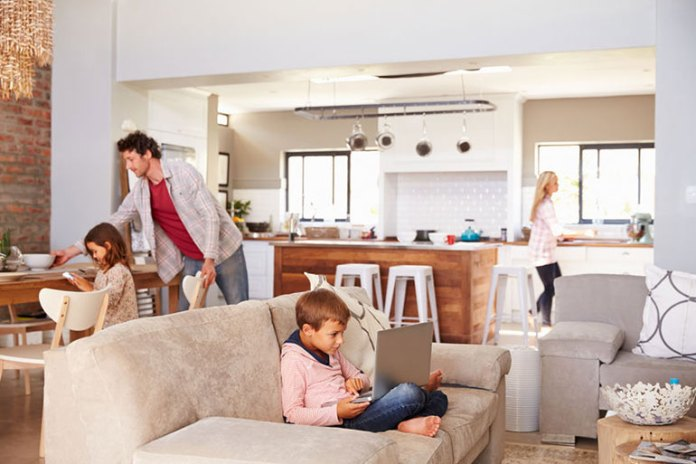 Living Room: How To Declutter Your Home