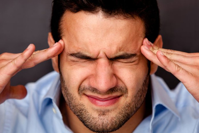 Pulsating Headache: Signs And Symptoms Of Migraine
