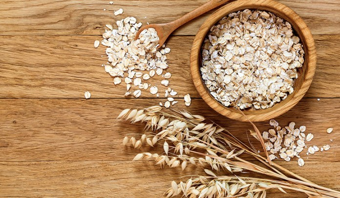 Whole grains have a low glycemic index and can protect the eyes from diseases