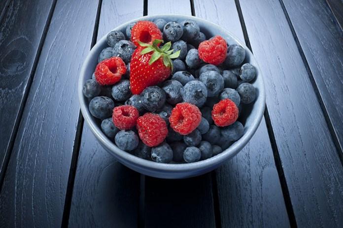 Berries: Top 10 Energy Boosting Superfoods During Pregnancy