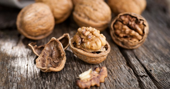 Side Effects Of Eating Walnuts