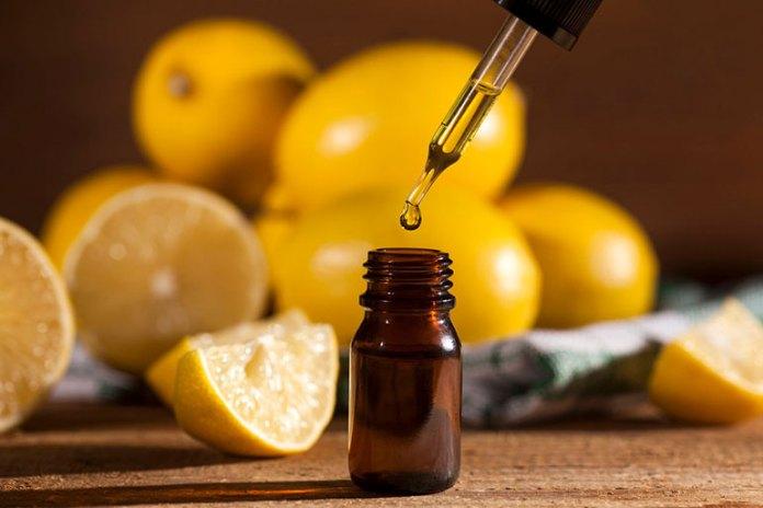 Essential Oils For Babies: Distilled Lemon