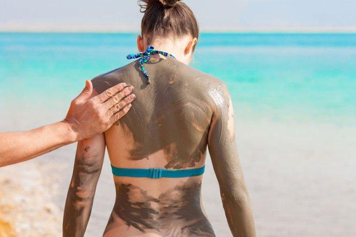 7 Benefits Of Dead Sea Mud Masks