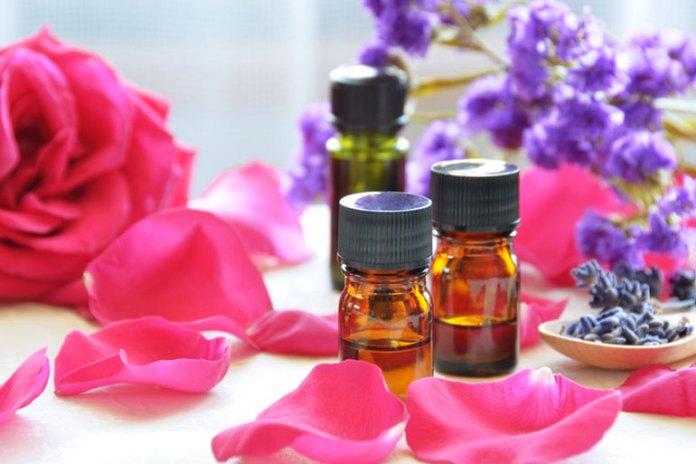 9 Essential Oils for Eczema