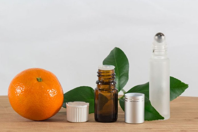 The sweet scent of orange makes it an amazing anti-nausea essential oil
