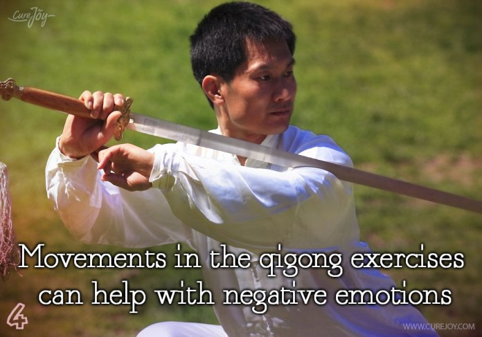 4-movements-in-the-qigong-exercises-can-help-with-negative-emotions
