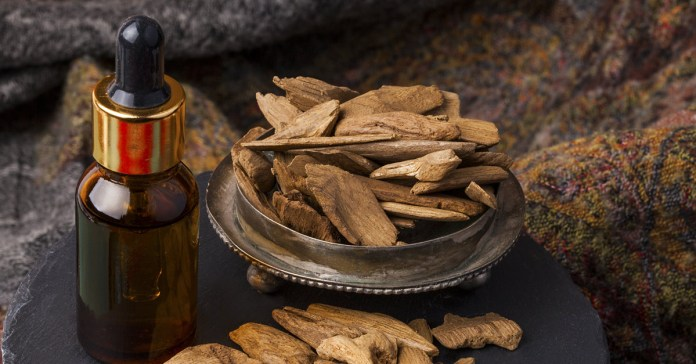 Benefits Of Agarwood Oil