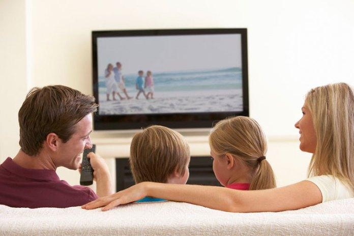 Ways To Reduce Eyestrain While Watching TV