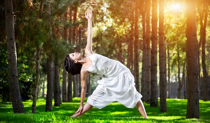 The Triangle (Trikonasana)_Yoga Asanas For Upper, Middle, and Lower Back Pain Relief