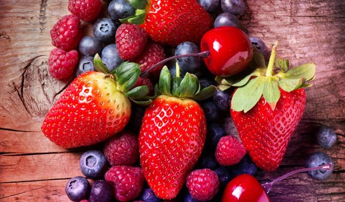 Citrus fruits help fight plaque