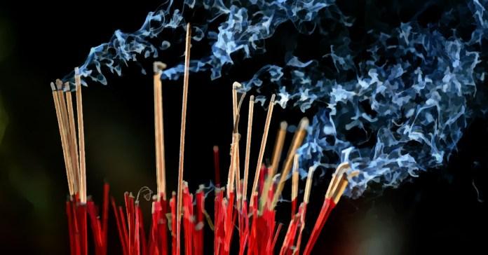 Benefits Of Burning Sandalwood Incense