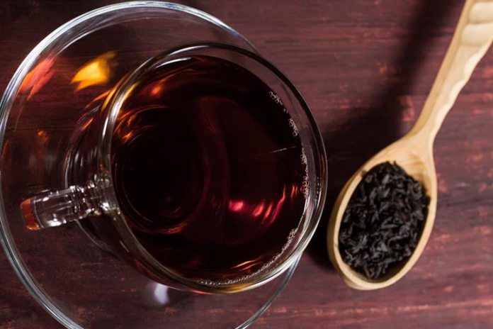 Black Tea Reduces Puffiness Of The Skin