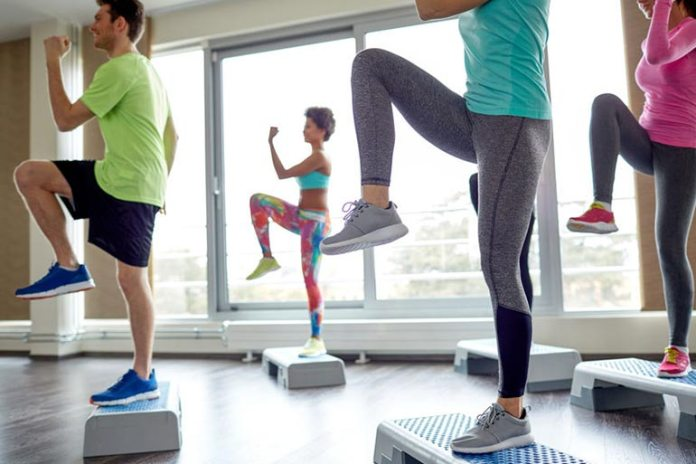 5 Exercises To Do When On the Go: Walking High Knees