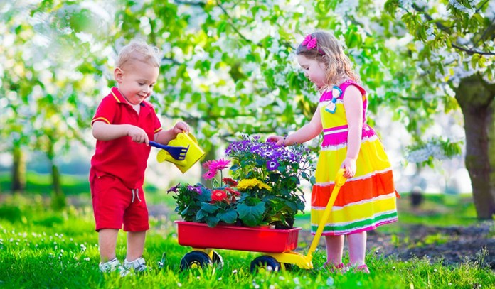 importance of outdoor play creativity