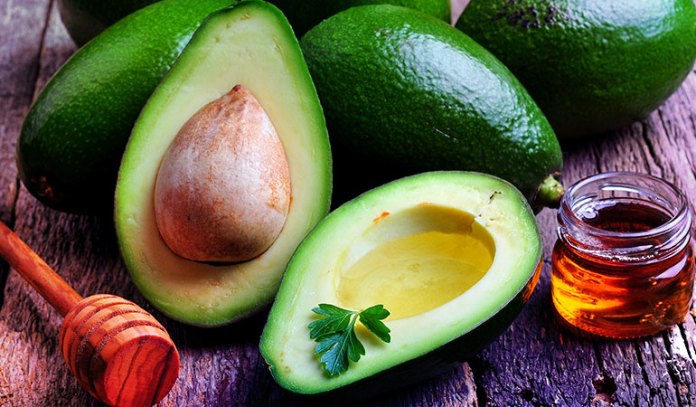 1-avocado-honey-face-mask
