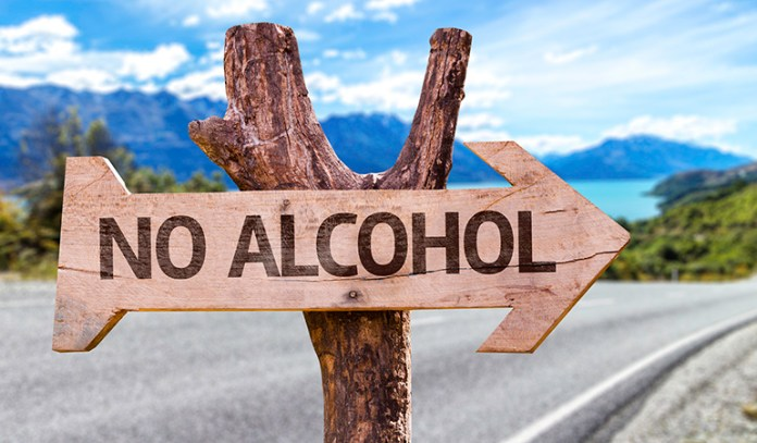 Avoiding Alcohol Can Fight Early Menopause Symptom